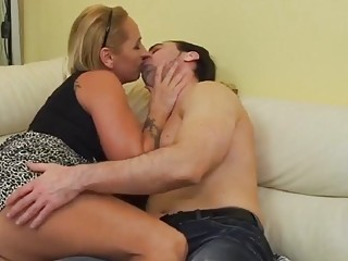 Gefingert oma Infamous Erotic