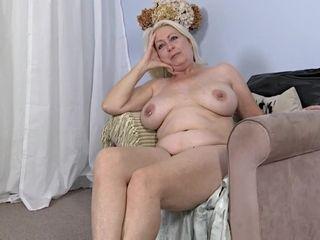 Videos nude granny Nude Granny