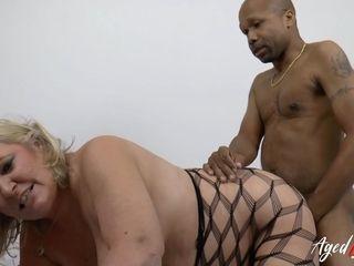 Chubby Gilf - Chubby GILF Dp Porn Videos - Grandma And Grandpa