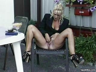hot mature masturbating pics